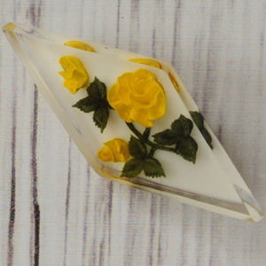 vintage lucite encased yellow flower brooch pin